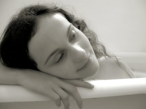 Bathtub Dreams (Charles Oscar Photo) (N41)