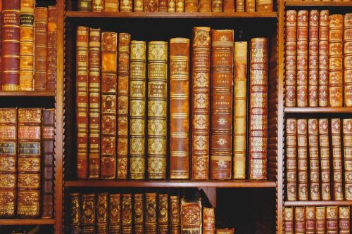 Antique Books (E08)