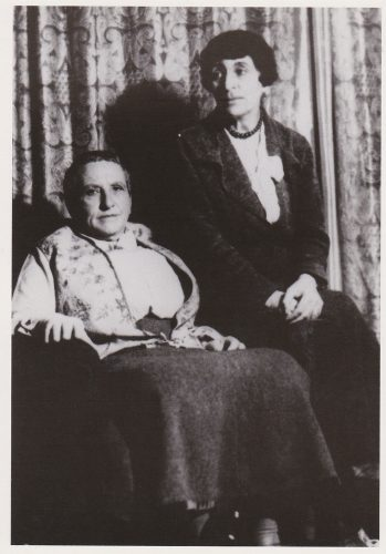 Gertrude Stein and Alice B. Toklas (H11)